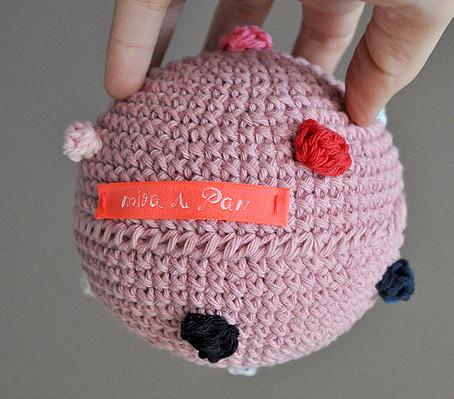 small ball pompoms