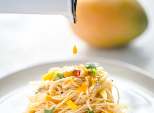 Cold Asian noodle salad with spicy mango dressing