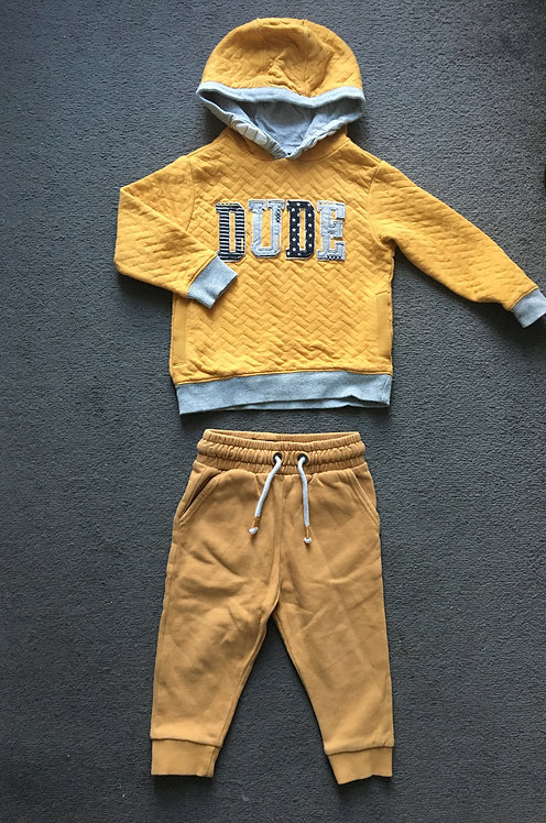 Boy outfit - size 12-18