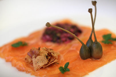 Salmon carpaccio with crispy chive and f