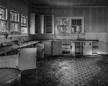 Expert1- Abandoned Kitchen- Stan Lituchy