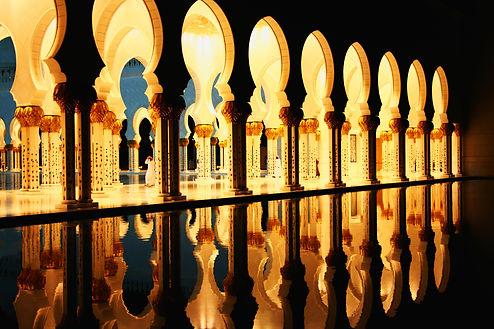 Novice-Abu Dhabi Grand Mosque-Roger Ande