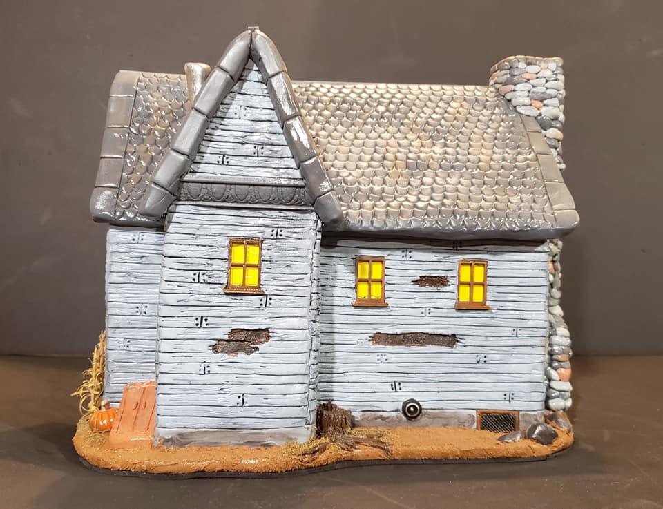 The_Old_House_On_Corn_Row_Crypt31_008
