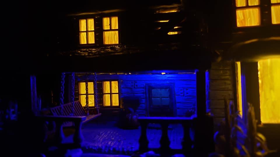 The_Old_House_On_Corn_Row_Crypt31_017
