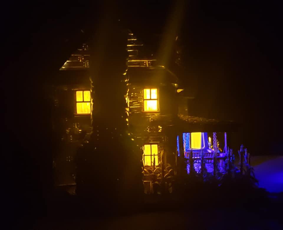 The_Old_House_On_Corn_Row_Crypt31_016