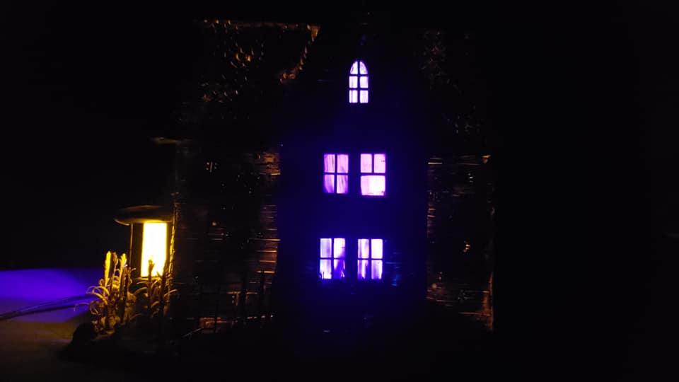 The_Old_House_On_Corn_Row_Crypt31_018