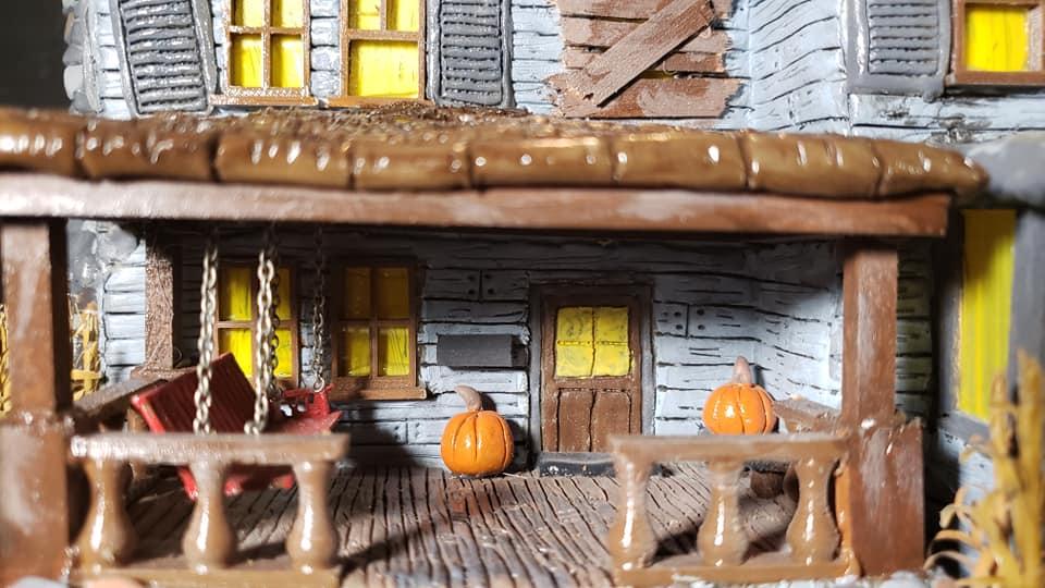 The_Old_House_On_Corn_Row_Crypt31_005