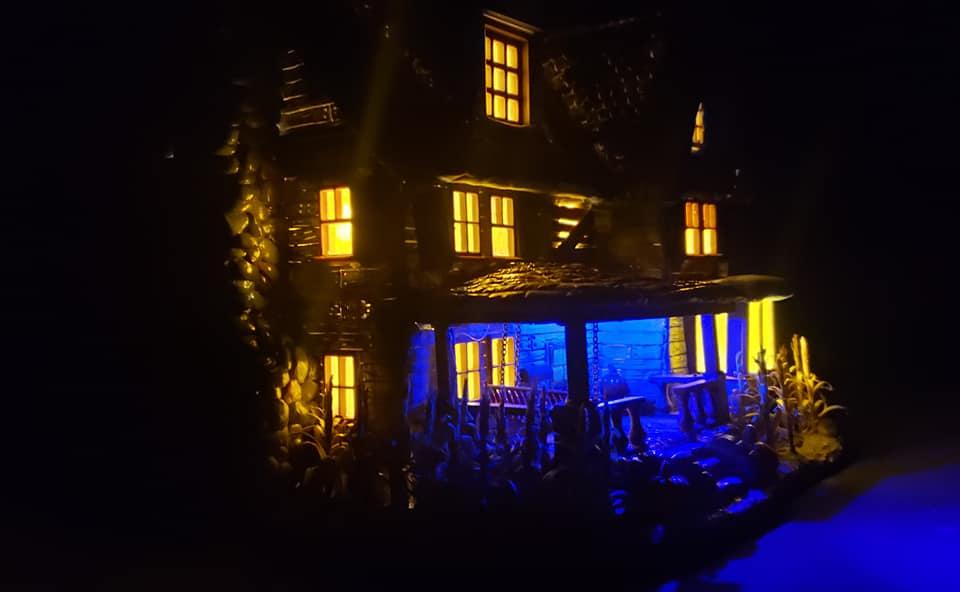 The_Old_House_On_Corn_Row_Crypt31_014