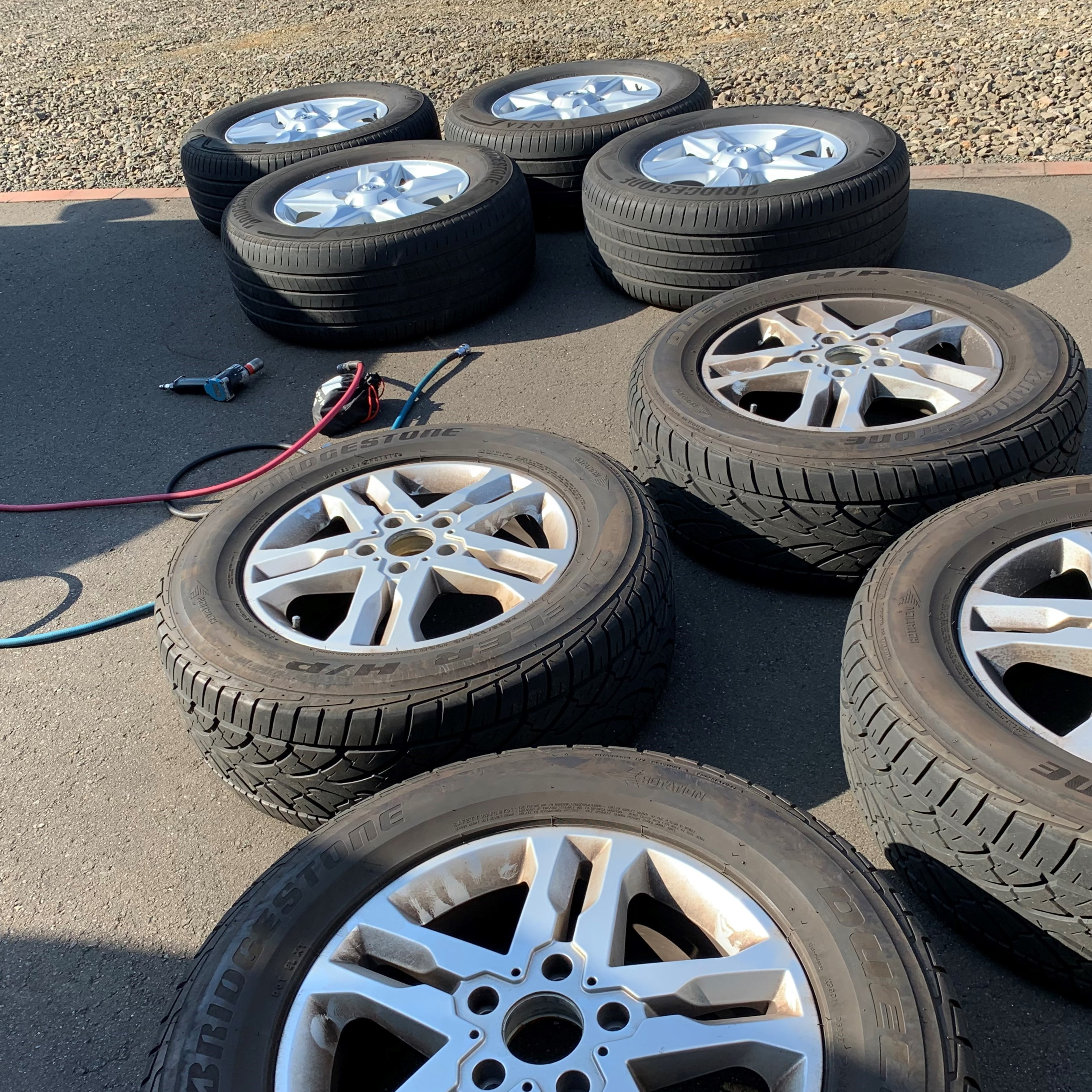 タイヤ交換出張|作業