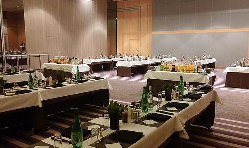 Ateliercocktail géant avec Starcruise, Oogywawa dans un hotel