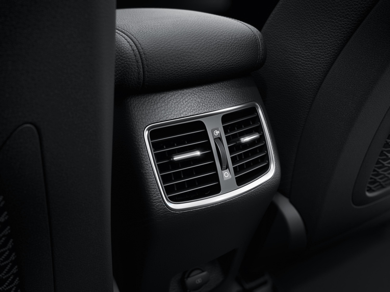 Rear passenger ventilation.