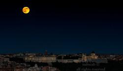 La Luna, El Palacio y La Catedral