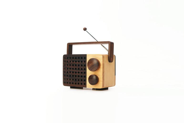 MiKRO Personal Wooden FM Radio