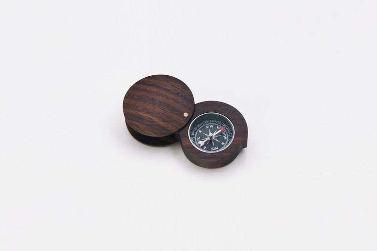 KoMPASO Folding Wooden Compass