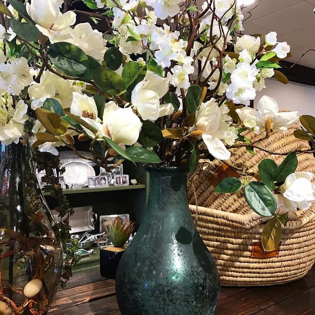 silks flowers vase.jpg