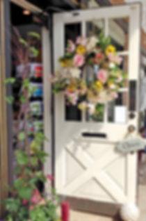 door wreath 2_edited.jpg