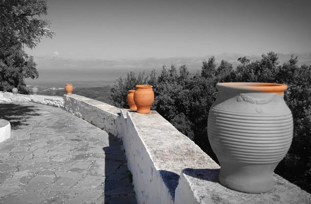 Landschaft aus Vasen - Korfu