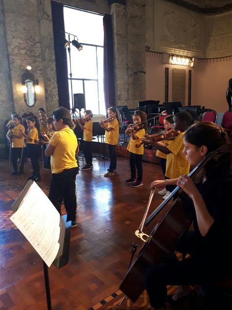 Les Petits Violons des Calanques à l'Opéra