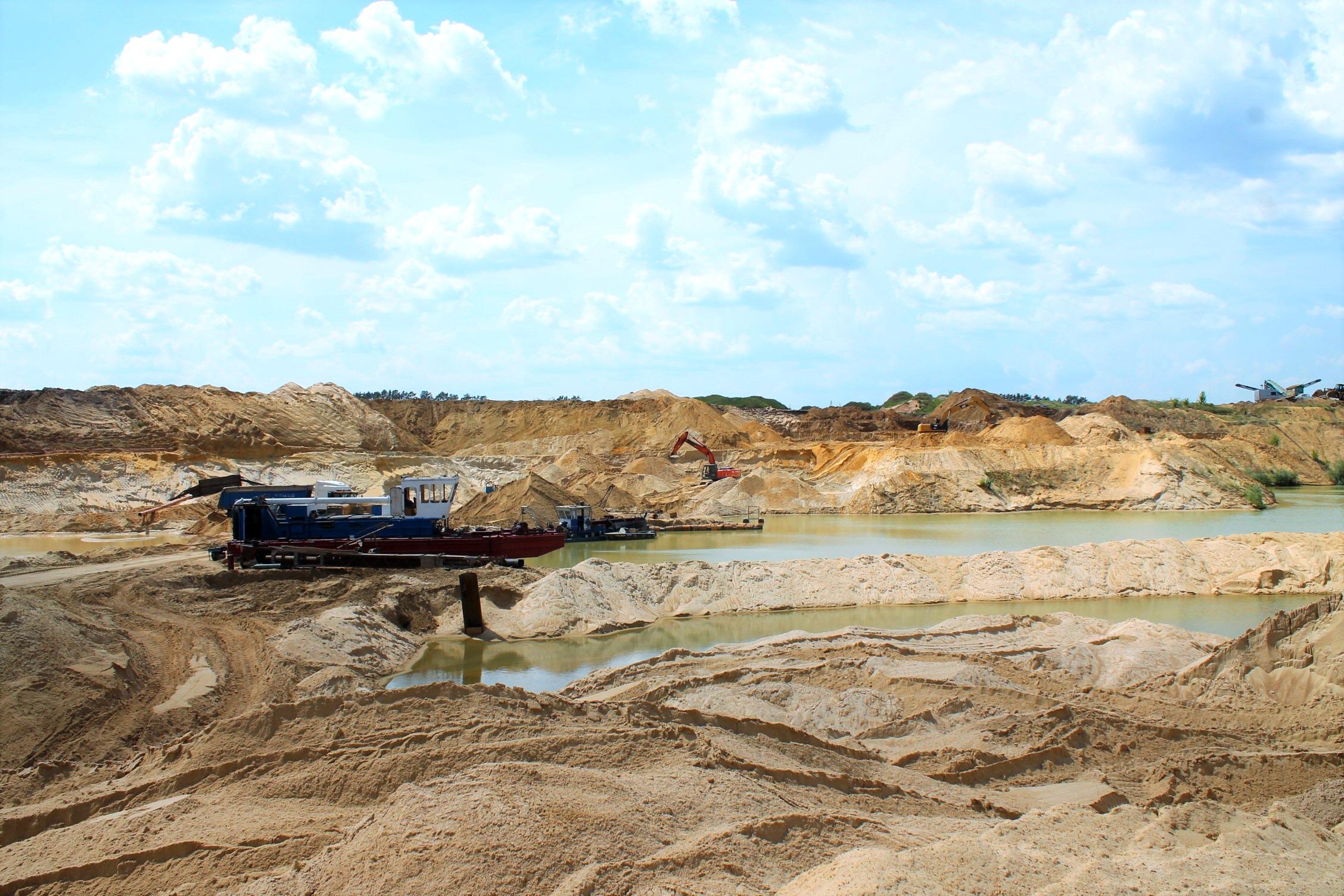 Купить песок и щебень | Карьер Емань