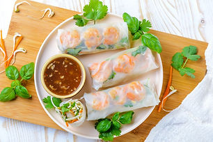 thai-fresh-rolls-with-vegetarian-option-