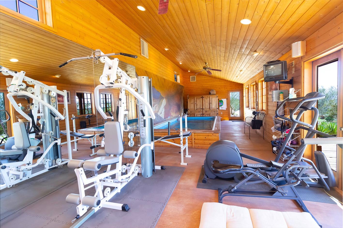 Gym Window 2175 copy.jpg