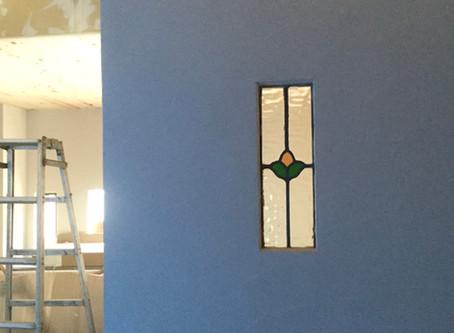 カフェの内装工事もようやく壁塗り段階に❗️