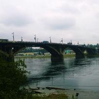 Глазковский мост. Чтобы увидеть это место, просто позвоните: 8-3952-67-66-90 и закажите экскурсию.