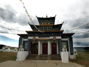 Экскурсия по буддийским дацанам Бурятии