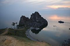Остров Ольхон. Поселок Хужир. Скала Шаманка, мыс Бурхан