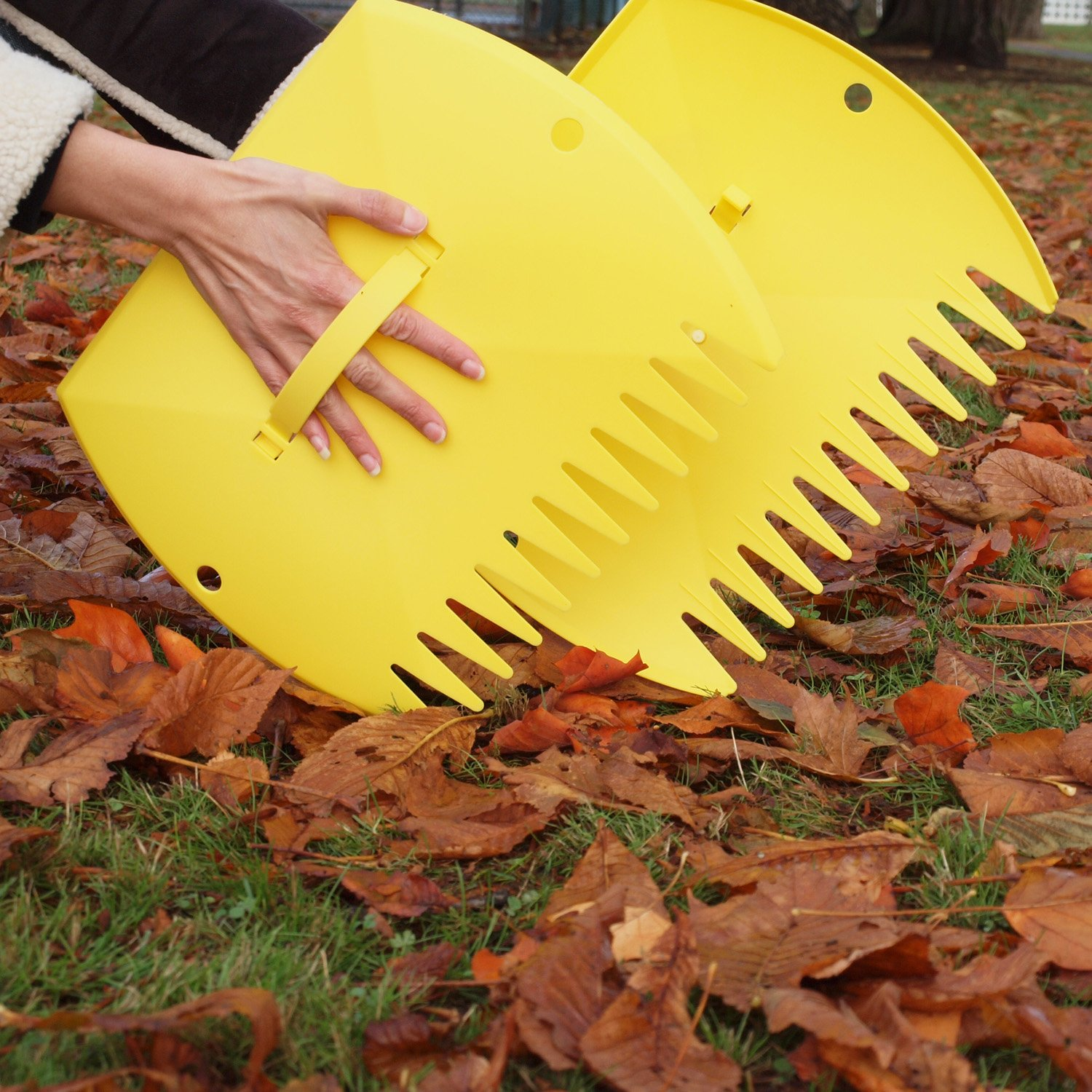 Leaf Scoops Hand Rake for Yard and Garde