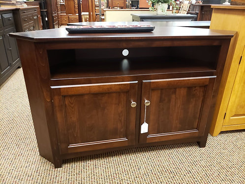 """Brown Maple """"Linwood"""" 50"""" Corner TV Stand (Rich Tobacco)"""