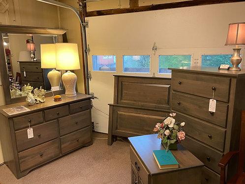 "Brown Maple ""Shaker"" 5 Piece Bedroom Suite (Antique Slate)"