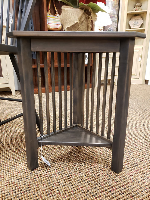 Brown Maple Mission Junior Corner Table (Antique Slate)