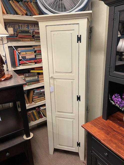 Pine 6' Jelly Cupboard with Raised Panel Door (Cream)