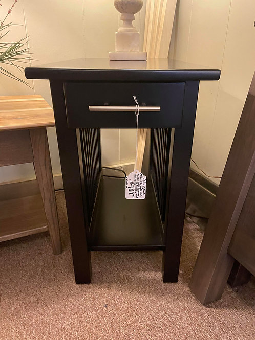 Brown Maple Mission Chair Side Table (Black)