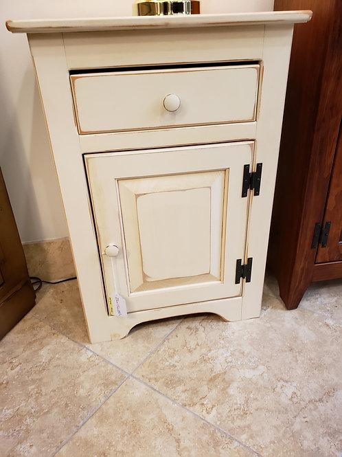 Pine 1 Door and 1 Drawer Night Stand (Cream)