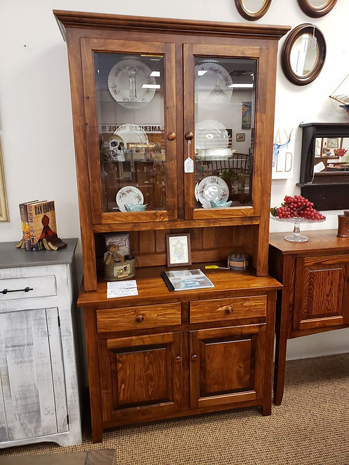 Wormy Maple 2 Door Hutch with Beveled Glass (Michael's Cherry)