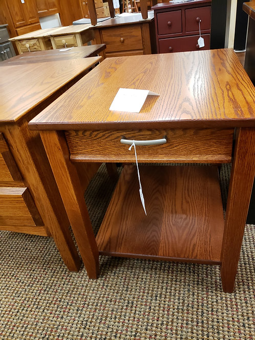 """Oak """"Contemporary"""" Style End Table with Drawer and Shelf (Harvest))"""