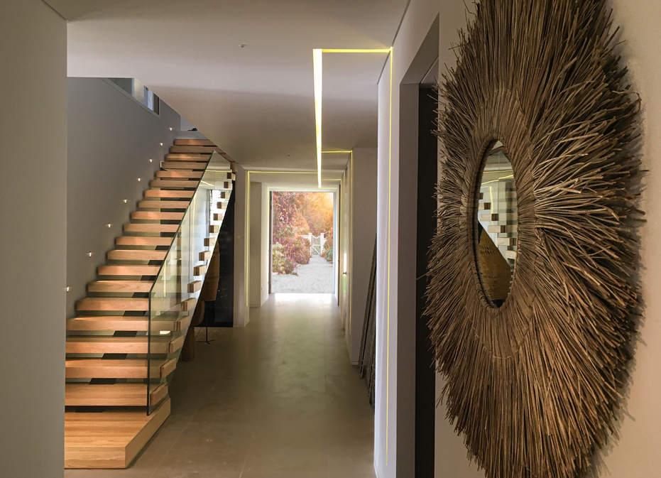 escalier droit garde-corps verre
