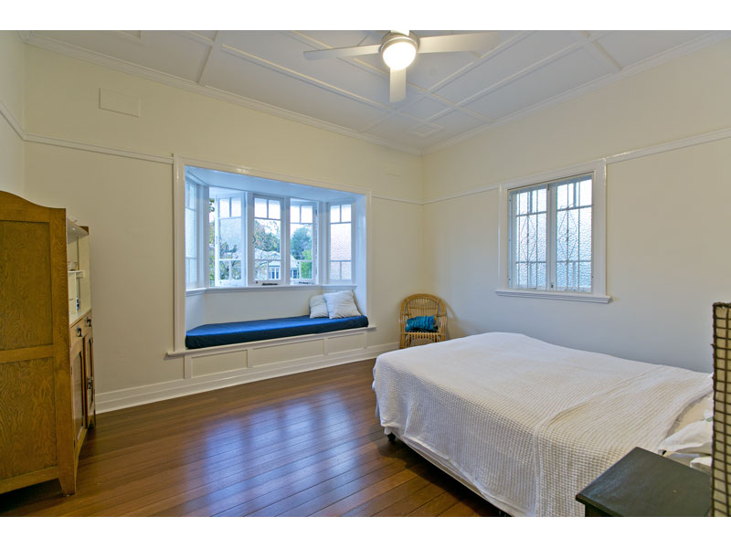 Spacious Queenslander bedroom