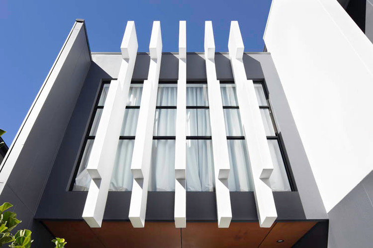 DESIGNER ARCHITECTURAL BUILDS