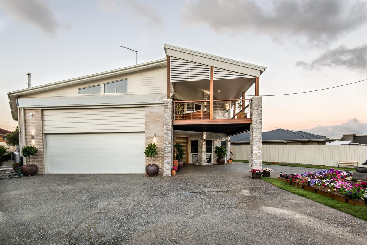 Custom build with angular roof