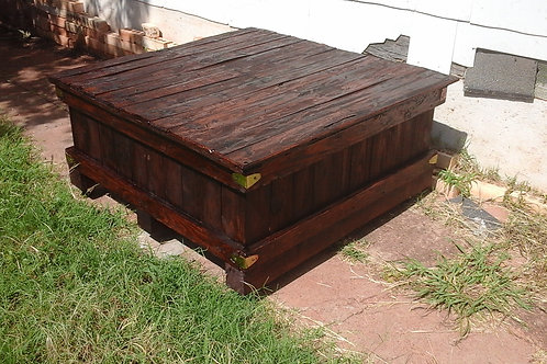 Coffee Table / storage