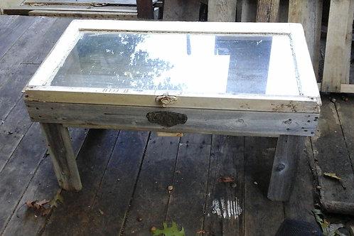 Table / Showcase