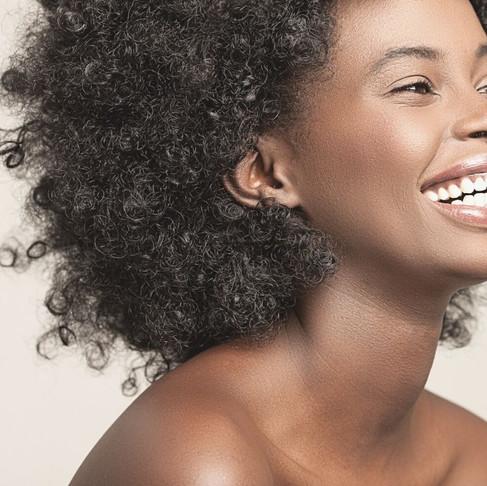 Nos cheveux ne sont pas là par erreur. Il y a un but précis !(Nature profonde by Maïma)