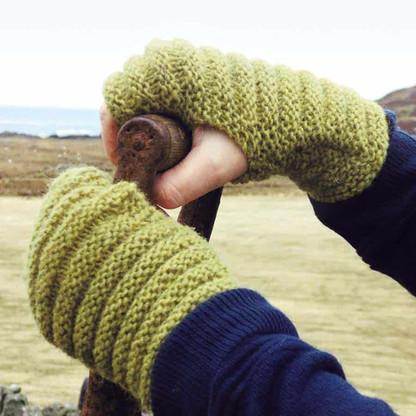 Colonsay Wool Growers wrist warmers
