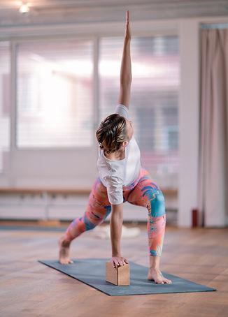 Vinyasa Yoga in Basel | VOLTA YOGA|