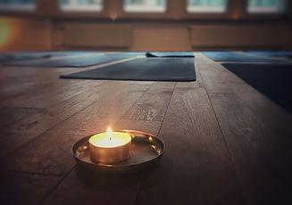 Yoga Kurse in basel | VOLTA YOGA.jpg