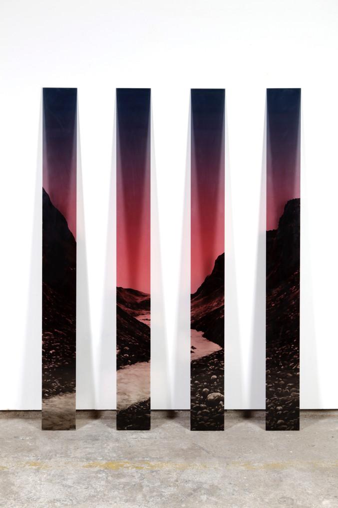 Landscape, 2021, verre gravé et encré, 2