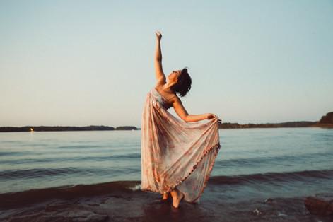 Rachel Garis - Dancer